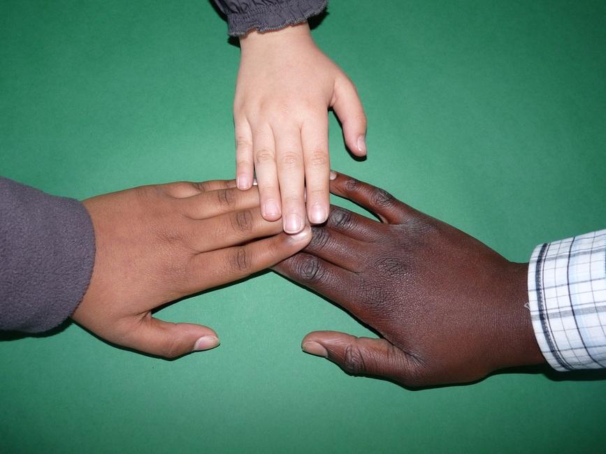 cip-hands